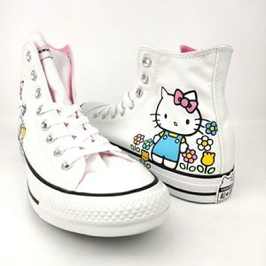 Hello Kitty Chuck Taylor All Stars